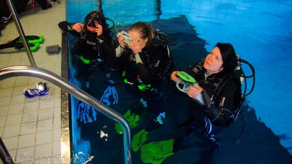 Sukeltamassa Helsingin sukelluskeskuksella